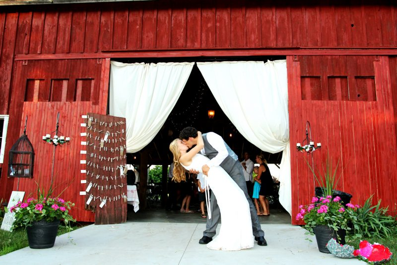 This Red Barn Is One Of The Most Breathtaking Wedding Venues In Michigan Weddings Rustic Bride