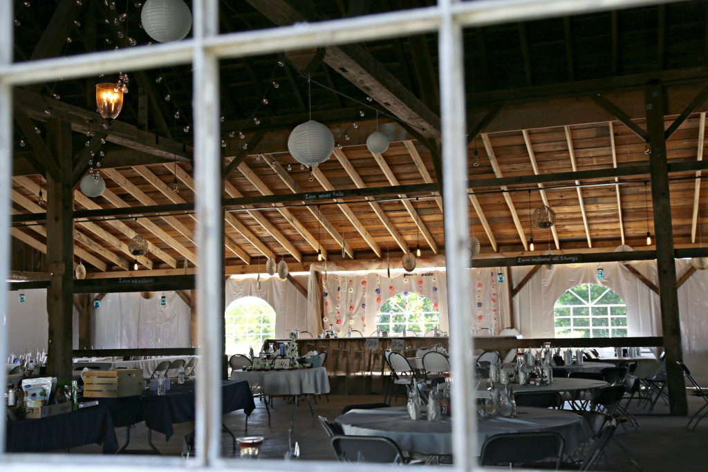Michigan Wedding Venues.This Red Barn Is One Of The Most Breathtaking Wedding Venues In