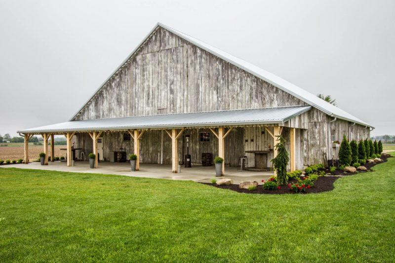 7 Must Ask Questions To Totally Own Your Barn Wedding Rustic Bride