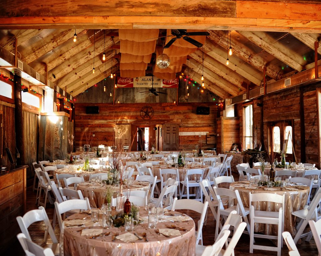 15 Rustic Wedding Photos You Ll Want To Stare At All Day Long