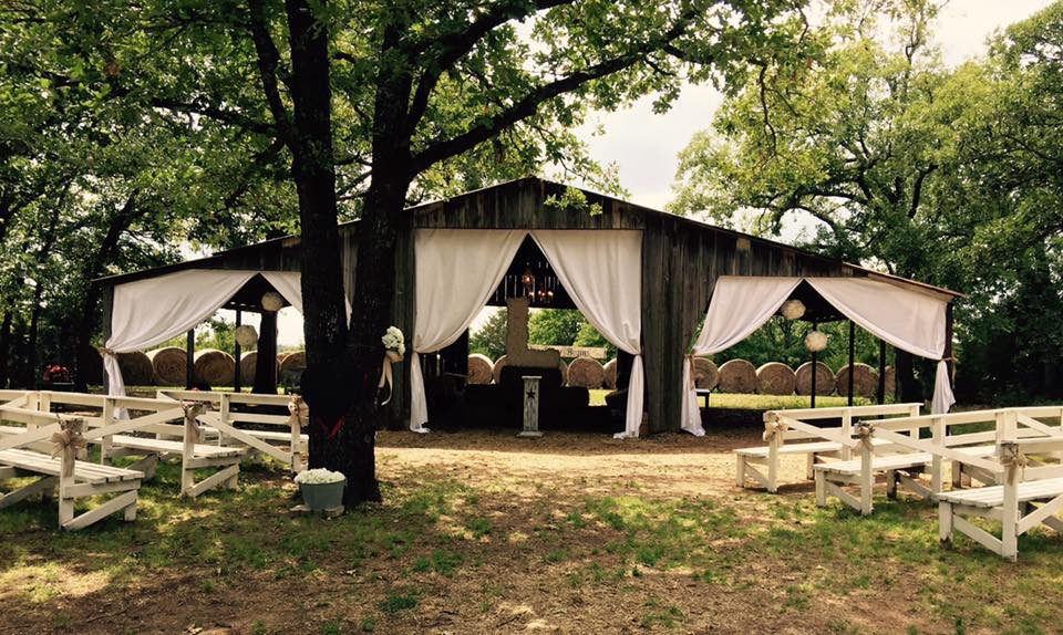 48 Charmingly Historic Must See Barn Wedding Venues From