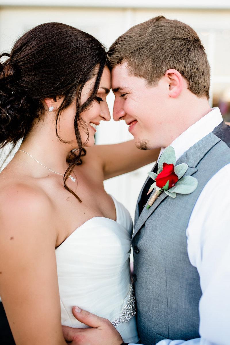 A Red Barn Wedding in Arkansas for High School Sweethearts ...